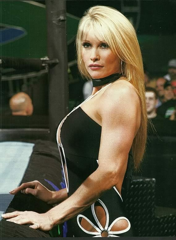 Sable gets an unforgettable parting gift from X-Pac