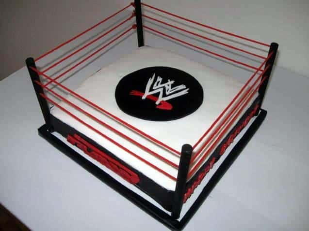 Wrestling Party Cake that looks like a Wrestling Ring