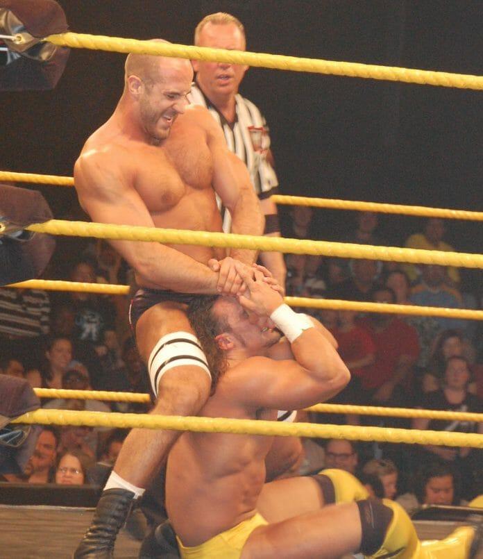 Cesaro rocking the no kneepad look.