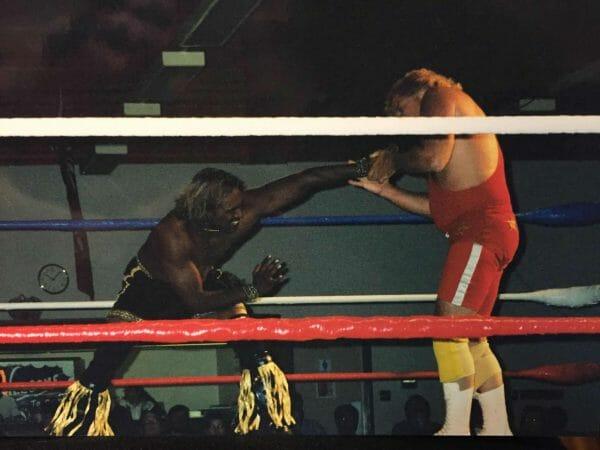 Tiger Khan wrestling Bruce Hart