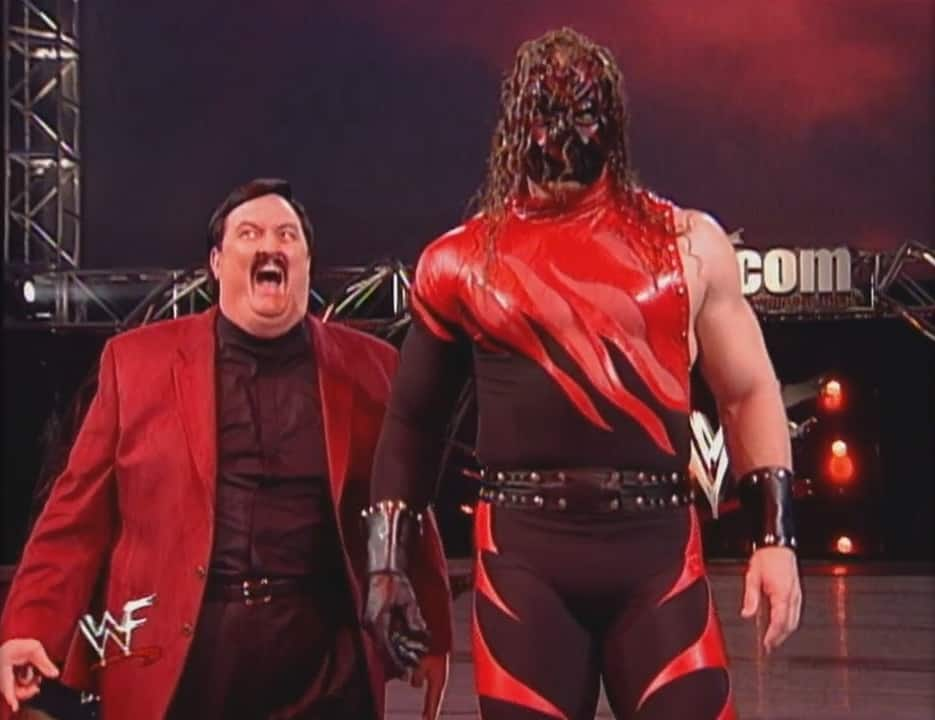 In early 2000, Kane would wear inverted colors where the black and red would switch places