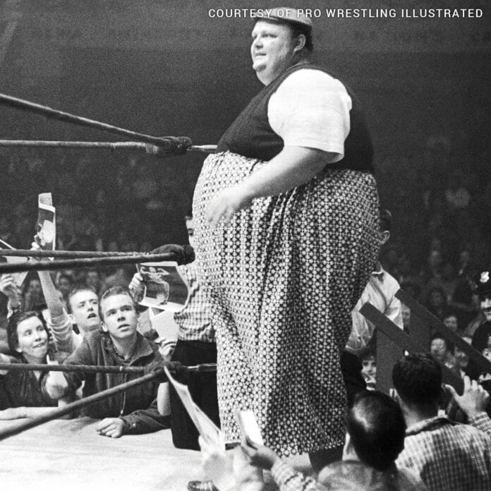 Happy Humphrey tipped the scales averaging 750 lbs throughout his career. It is said at one point weighed 900 lbs.