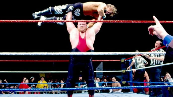 Vader gorilla presses Shawn Michaels, Royal Rumble '96