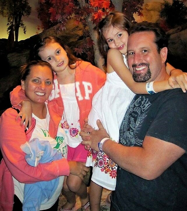 Beulah McGillicutty (Trisa Laughlin) and Tommy Dreamer (Thomas Laughlin) are both happily married and have twin daughters. Dreamer is still very active in the business.