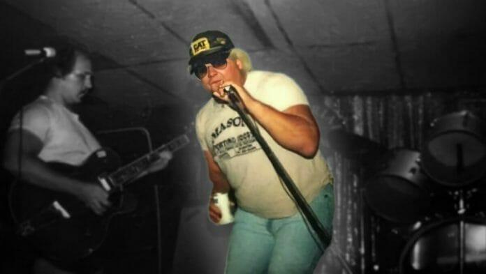 Frontman Dusty Rhodes!