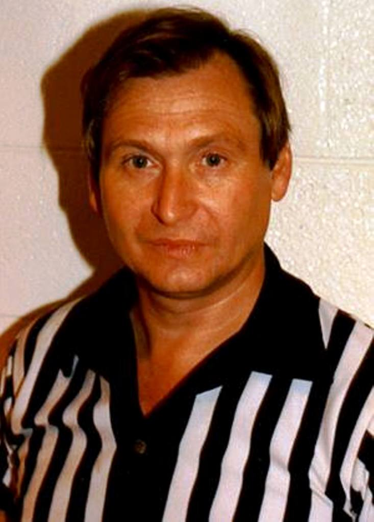 Referee Ronnie West.