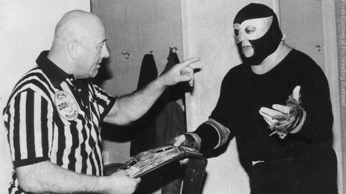 NWA President Bob Geigel demands that the Midnight Rider unmasks, 1982.