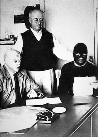 """The signing of the """"mask-versus-mask match"""" between El Santo and Black Shadow, orchestrated by the promoter and booker Salvador Lutteroth, known as the """"father of Lucha Libre,"""