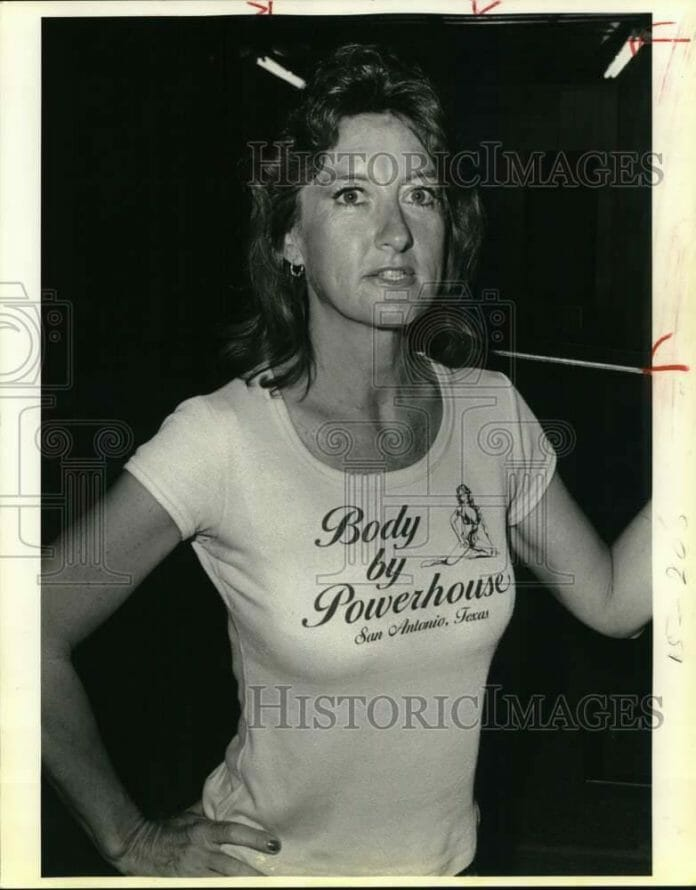 An original press photo dated one year before Evelyn confessed to murdering her husband, Frank Riegle. She is wearing a T-shirt with the name of her former husband's gym.