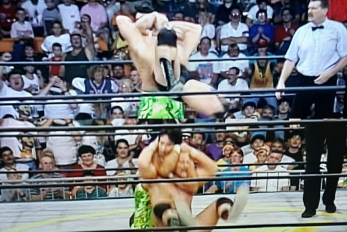 Steve Austin delivers a Stunner-esque maneuver on Ricky Steamboat at WCW Clash of the Champions 28. Could this be the first time Austin ever performed a variation of The Stunner?